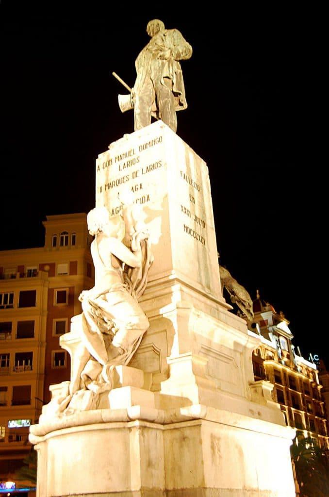 Monumento al Marqués de Larios y Larios Málaga Rent a car Malaga