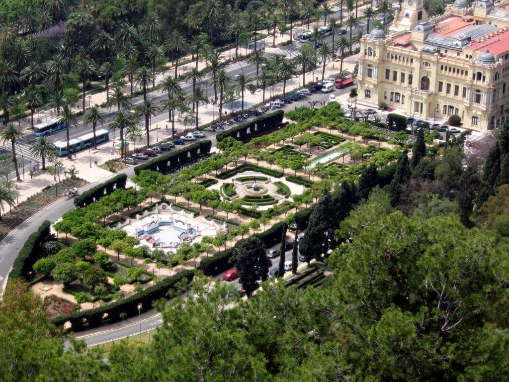 Jardines Pedro Ruiz de Alonso car hire malaga
