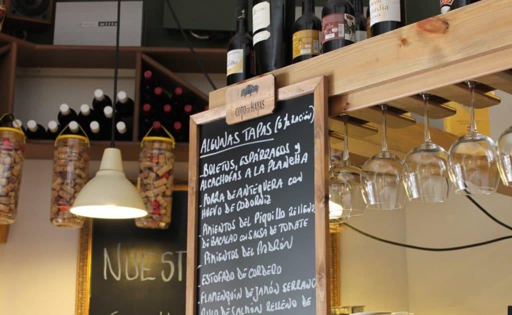 Comer en restaurante Tapeo Cervantes Málaga car rental malaga