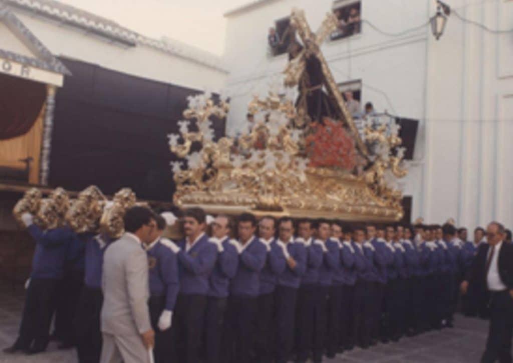 Visita la real hermandad de nuestro padre Jesus Nazareno rent a car Malaga