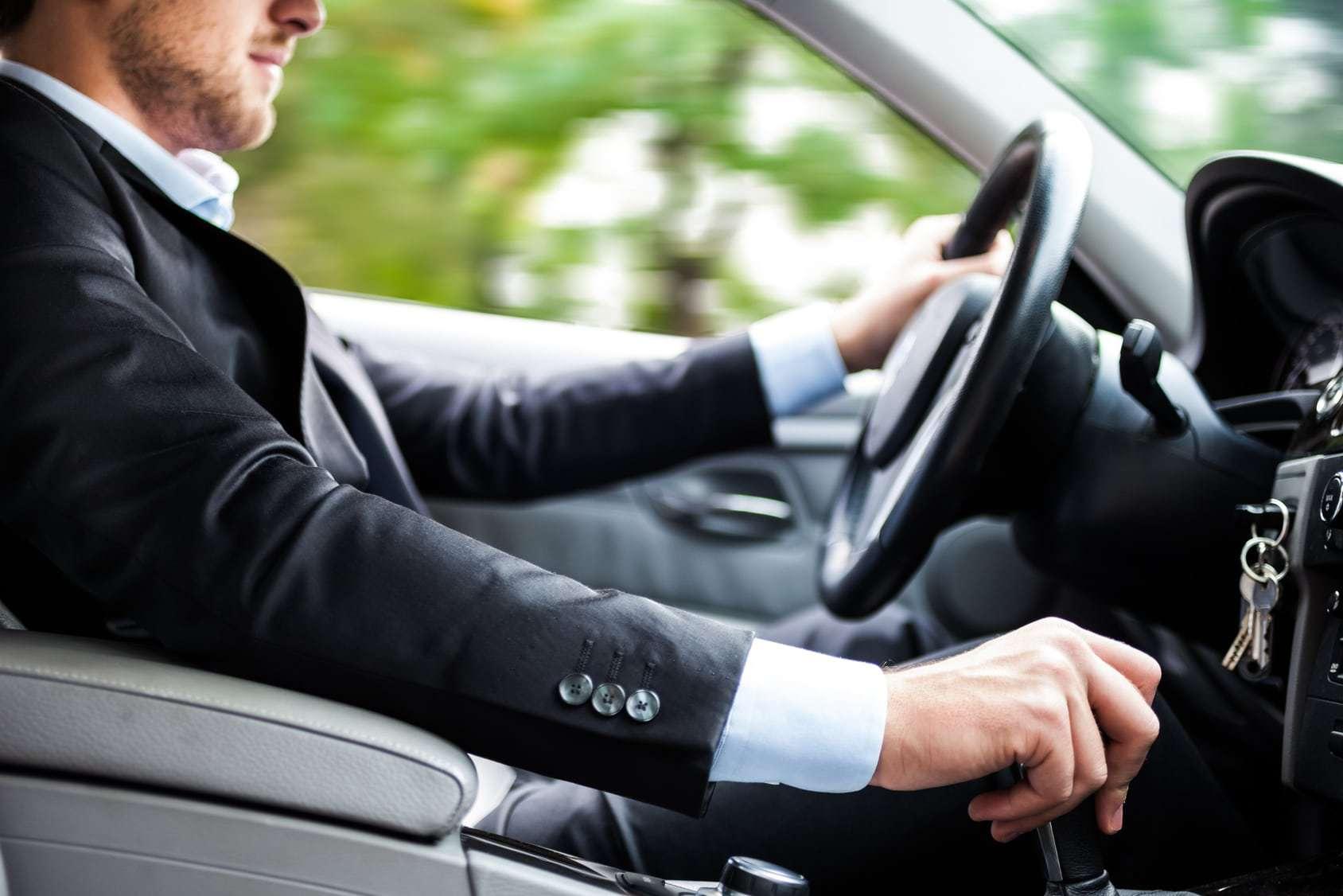 Puesta en marcha conducción eficiente por rentl car Málaga