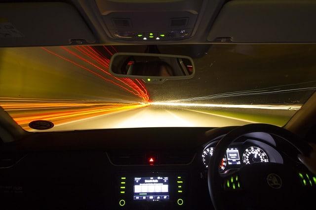 Consejos conduccion nocturna