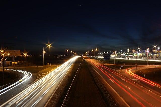 consejos de como conducir por la noche
