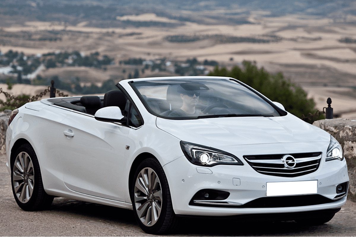 Opel-astra-cabrio-rent-a-car-malaga-airport