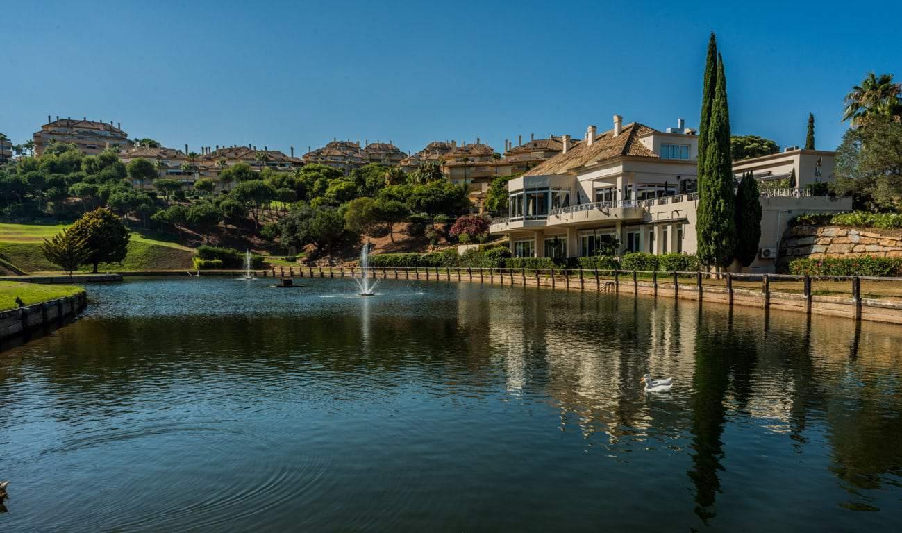 el lago restaurante marbella