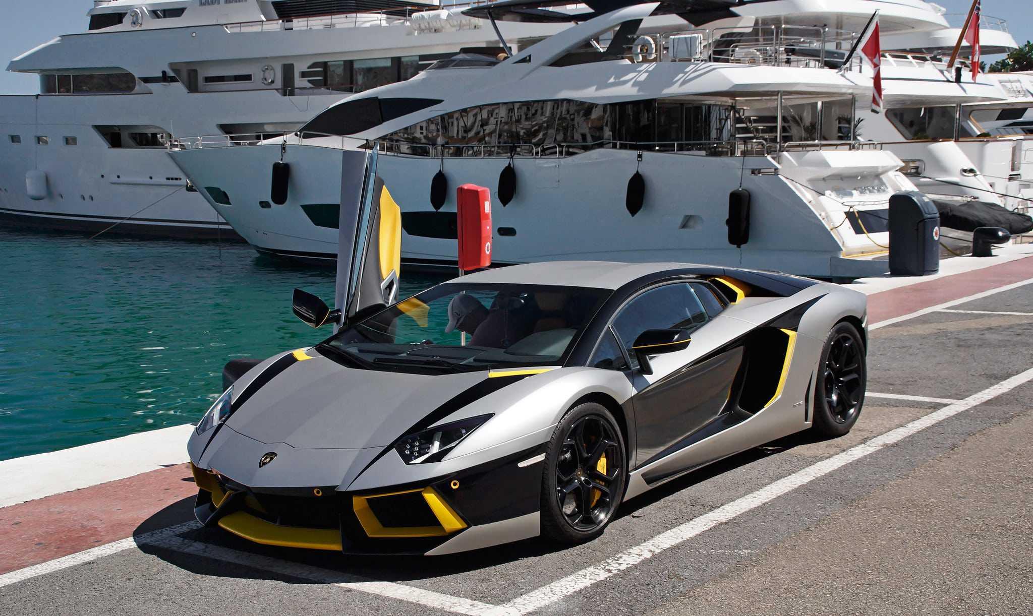 Puerto Banus Marbella - Fetajo Rent a Car 05